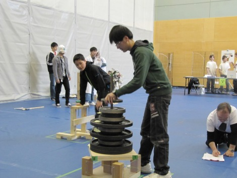 Palmer Grade 9 Team in action during their Structures Team Challenge
